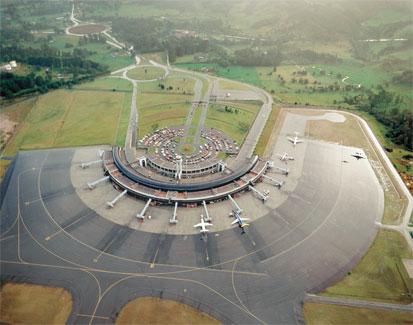 Avanzan proyecto de la primera zona única de inspección de carga en el Aeropuerto de Rionegro (Colombia)