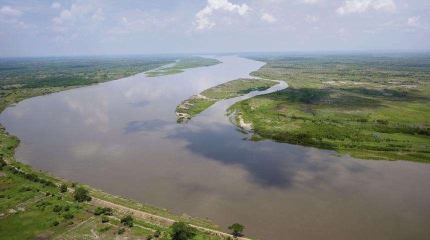 Colombia aprueba estructuración de contrato para recuperar la navegabilidad del río más importante del país