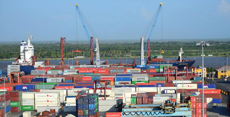 Colombia supervisa inversiones en más de 40 puertos en el Caribe