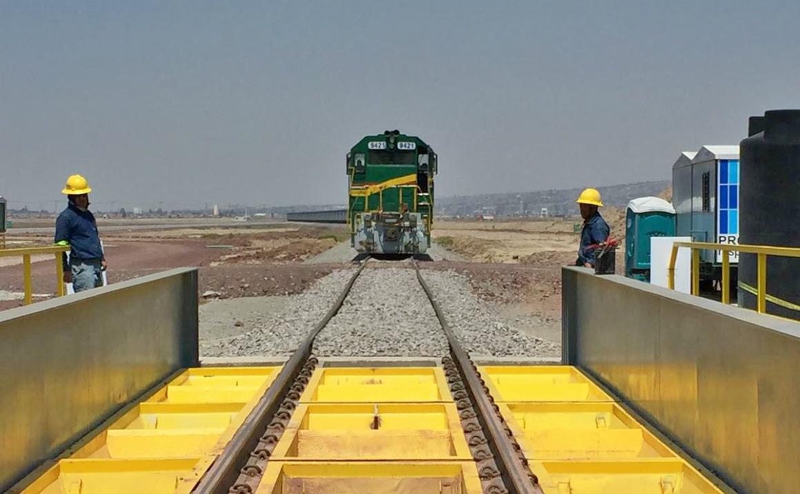 Gobierno de México cree que el Nuevo Aeropuerto Internacional de México (NAIM) y la red ferroviaria detonarán el desarrollo del país