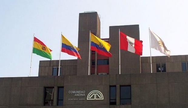 Colombia resuelve controversias comerciales con Ecuador