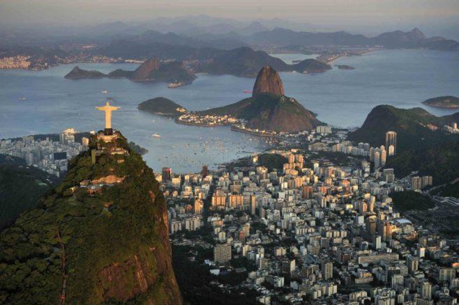 Reglamentan el uso de aplicaciones de transporte de pasajeros en Brasil