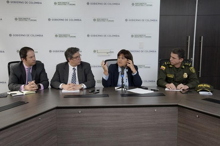 Colombia refuerza medidas para combatir el contrabando de acero y aluminio