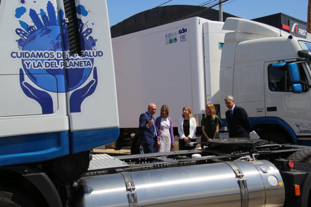 Gas Natural Fenosa y Grupo Disfrimur acuerdan la instalación de dos nuevas 'gasineras' para el suministro en el corredor Mediterráneo