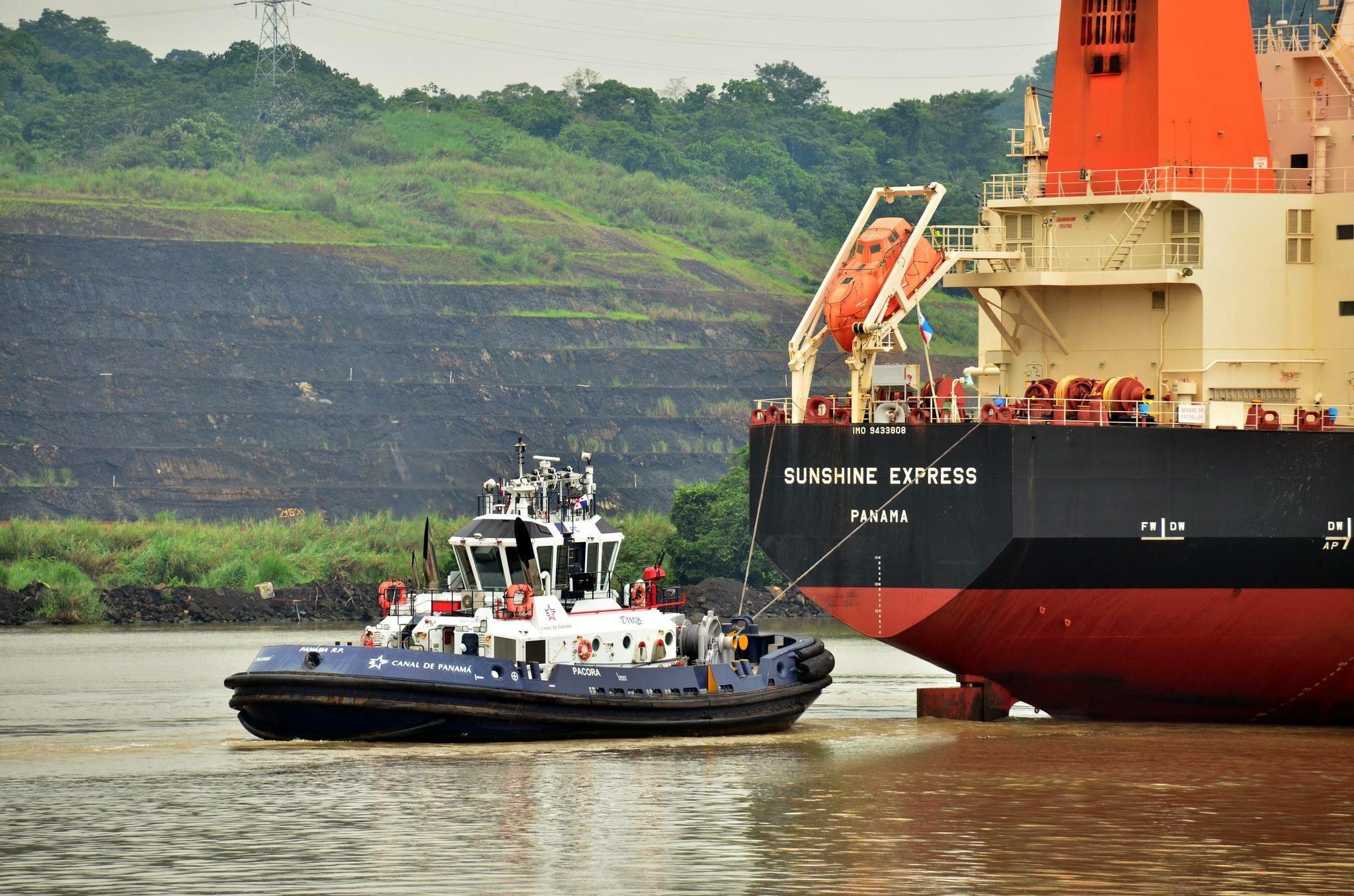 Administración del Canal de Panamá mantiene abierta la convocatoria para capitán de remolcador en el Canal