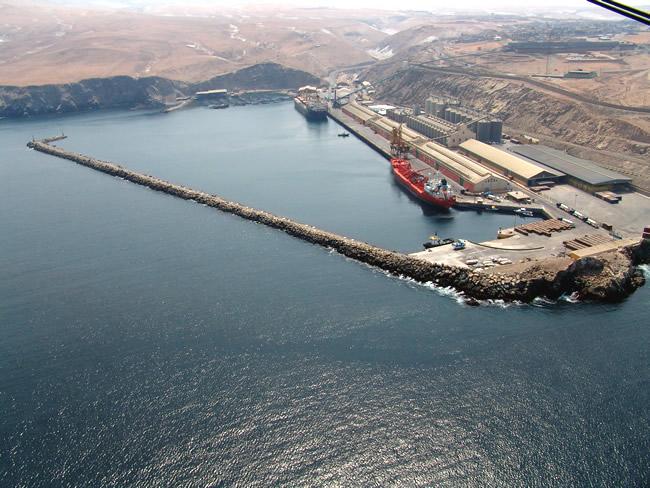 Terminales portuarios del Perú movilizaron más de 11 millones de toneladas en el primer trimestre de 2018