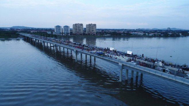 Inauguran en suroeste Ecuador un puente que mejorará la conectividad a Guayaquil con Samborondón