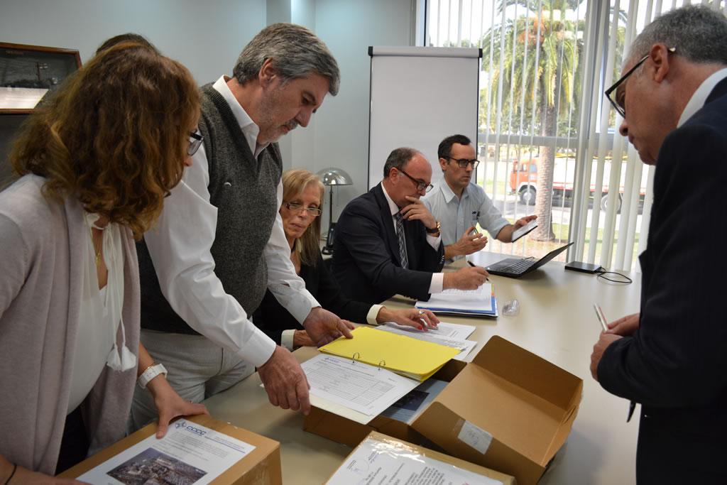 Abren los sobres de licitación de próximas obras de dragado en Puerto Bahía Blanca en Argentina