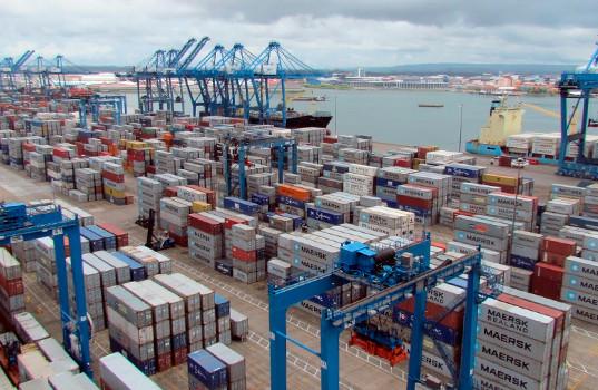 Empresarios de Panamá, en desacuerdo por la paralización de un puerto estratégico