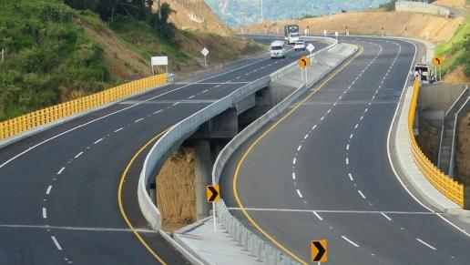 La infraestructura concesionada en Colombia está impulsando la competitividad y el comercio exterior del país