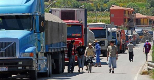 Bolivia facilita el acceso a la jubilación a unos 84.000 transportistas