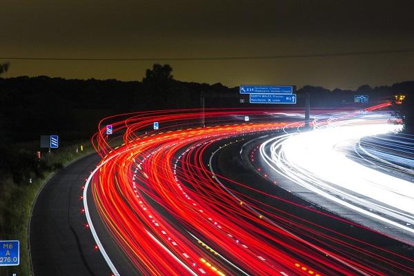 Mercados-logístico-y-de-transporte-aumentan-la-cifra-de-negocio-en-abril