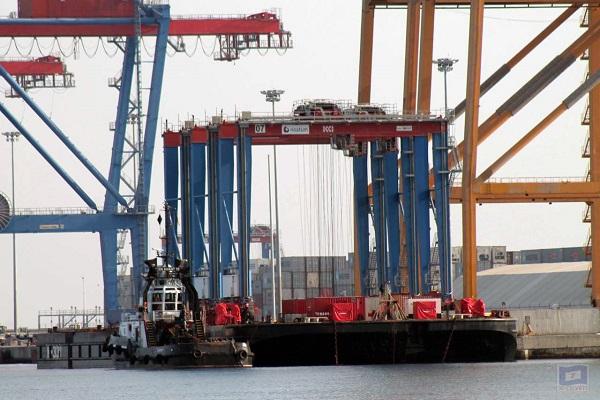 Operadora-Noatum-incorpora-tres-nuevas-grúas-en-el-puerto-de-Málaga