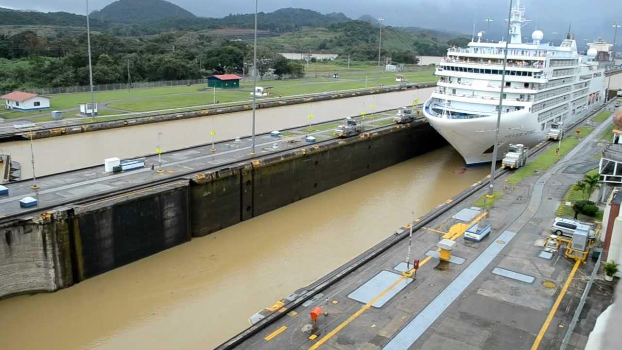 Canal de Panamá normalizará tripulación de remolcadores