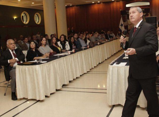 Empresarios panameños se preparan de cara al proceso de negociación del TLC entre Panamá y China