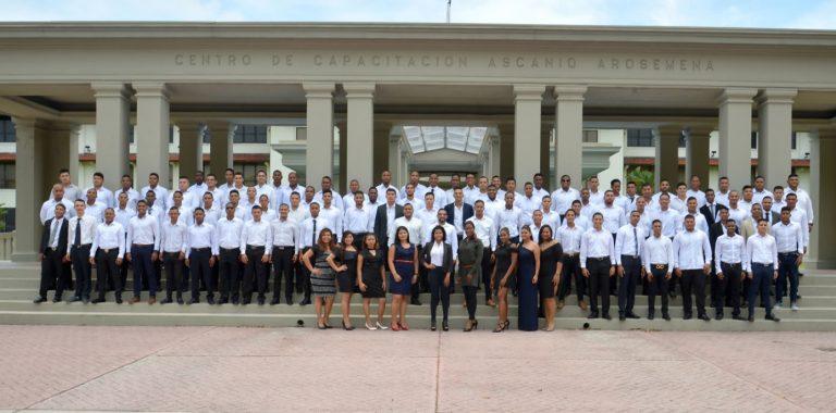 Canal de Panamá celebra la primera graduación de 'Panamá Crece Marítimo'