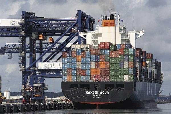 Actividades de exportación de mercancías crecen un 3% en España en mayo