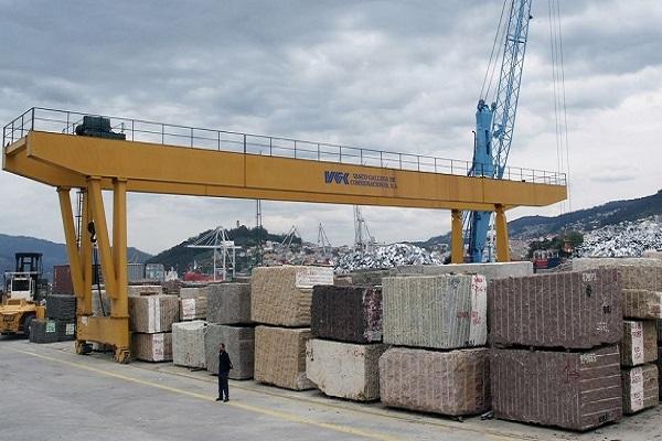Exportaciones de granito impulsan los tráficos de los puertos gallegos hasta mayo