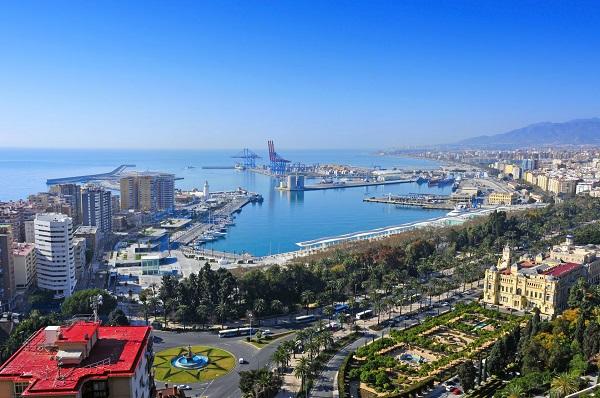Puerto de Málaga modifica su infraestructura para la Operación Paso del Estrecho