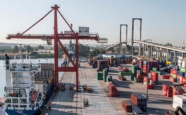 Puerto de Sevilla incrementa un 8% la manipulación de mercancías hasta junio