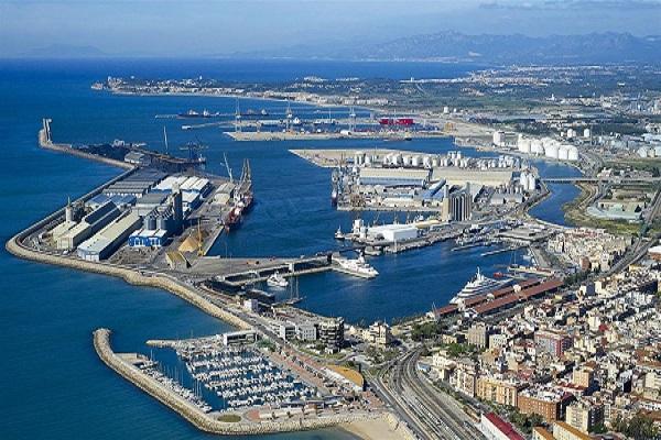 Puerto de Tarragona instalará un edificio para formación de estibadores portuarios