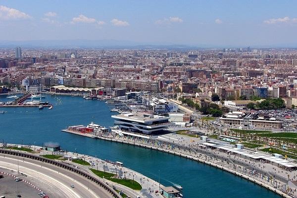 Puerto de Valencia recurrirá a la automatización para disminuir costes de estiba