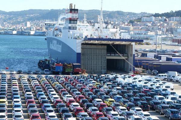 Puertos españoles manipulan más de tres millones de vehículos en 2017
