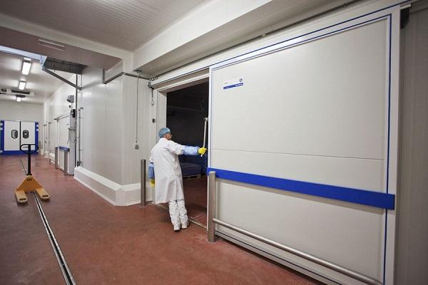 Industria del almacenamiento frigorífico firma acuerdo para mejorar condiciones de los trabajadores