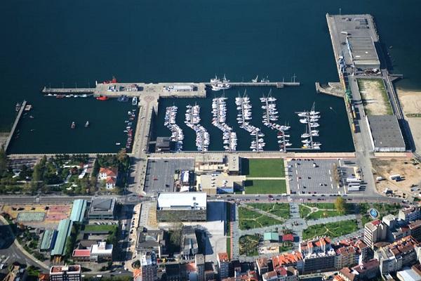 Puerto de Vilagarcía inaugura nuevo muelle para el servicio de turismo naútico