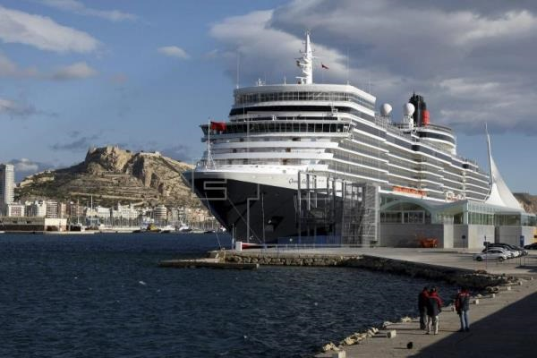 Puertos españoles reciben más de cuatro millones de cruceristas en primer semestre
