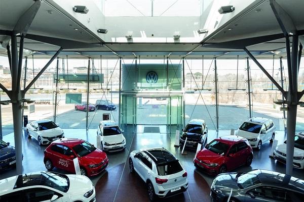 Sector del automóvil triplica las automatriculaciones en agosto