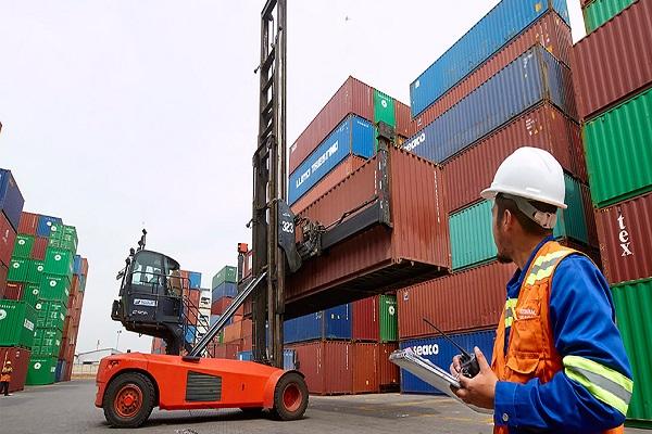 Sector logístico español disminuye 2% el paro en el mes de julio