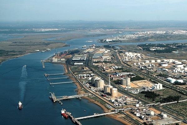 Puerto de Huelva publica sus próximos proyectos de intermodalidad y logística