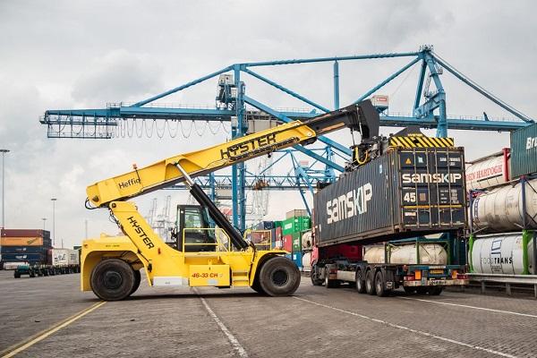 Puertos españoles aumentan un 9% el tráfico de contenedores en julio