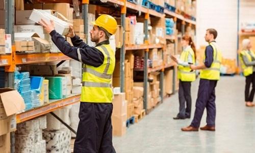 Sector logístico y de transporte aumenta el paro un 3,2% en agosto