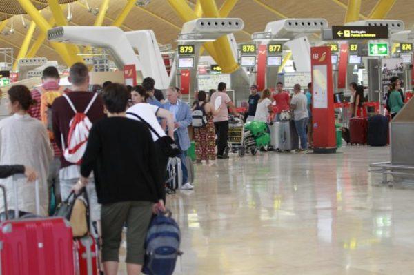 pasajeros aeropuerto Madrid