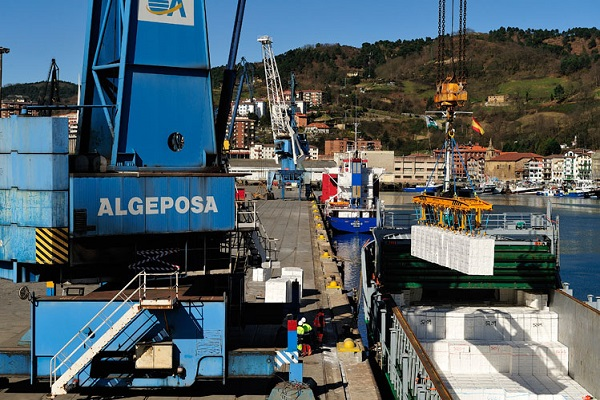 Autoridad Portuaria de Pasajes mejora el tráfico de vehículos en septiembre
