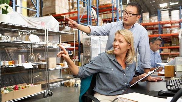 Convenios colectivos de logística y transporte aumentan salarios hasta septiembre