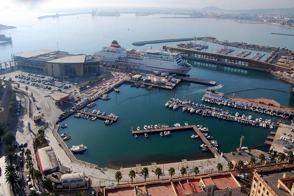Puerto de Melilla construirá nuevo tacón para carga rodada