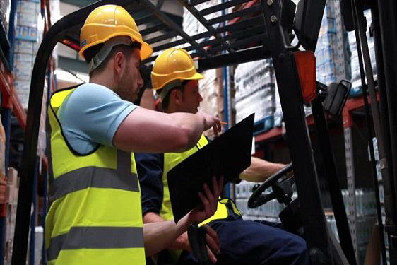 Sector logístico y de transporte obtiene buena cifra de negocios hasta agosto