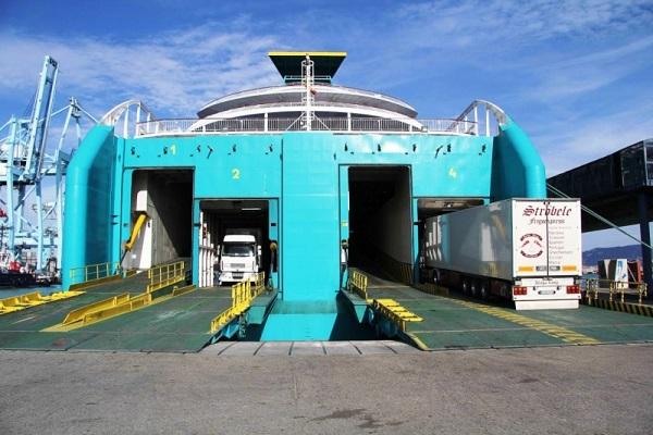 Autoridad Portuaria de Algeciras aumenta 22% tráfico ro-ro de camiones en septiembre