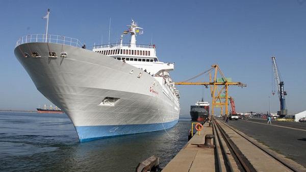 Autoridad Portuaria de Huelva oferta primera fase de ampliación del muelle sur