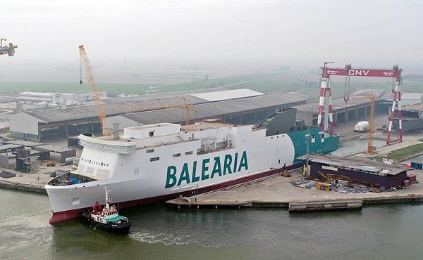 Baleària progresa en su proyecto para incorporar dos ferries de GNL
