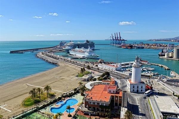 Puerto de Málaga espera superar los tres millones de toneladas en 2018