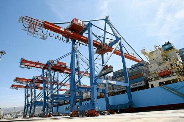 Puerto de Valencia modificará el recrecido de las grúas STS