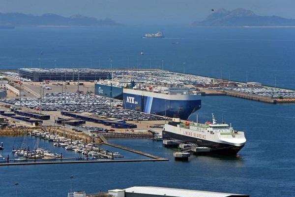 Puerto de Vigo disminuye un 80% las emisiones en autopista del mar