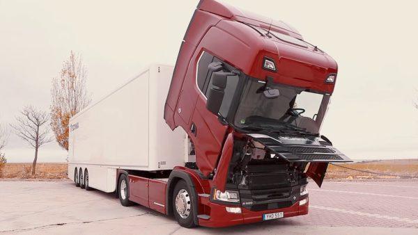 ScaniaR520