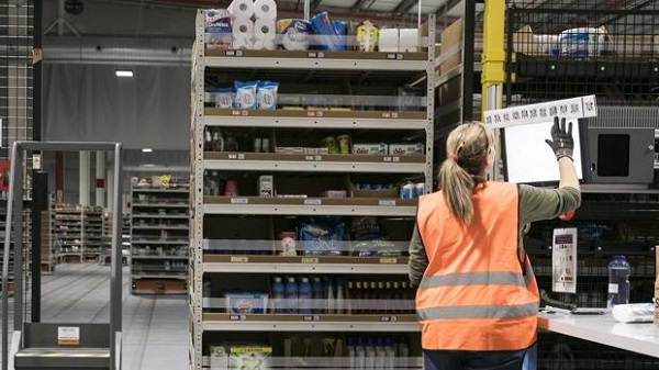 Sector logístico y de transporte aumenta el número de trabajadores en octubre