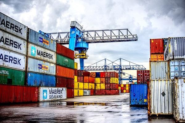 Sistema portuario español incrementa un 1,5% el movimiento de contendores en septiembre