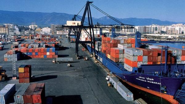 Tráfico portuario de mercancías español retrocede un 5,44% en septiembre